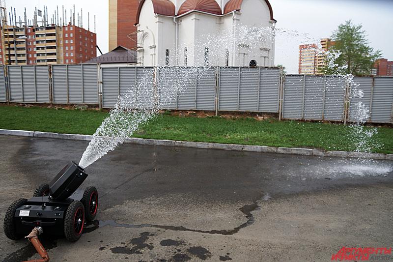 МУПР может стрелять со скоростью 20 литров в секунду