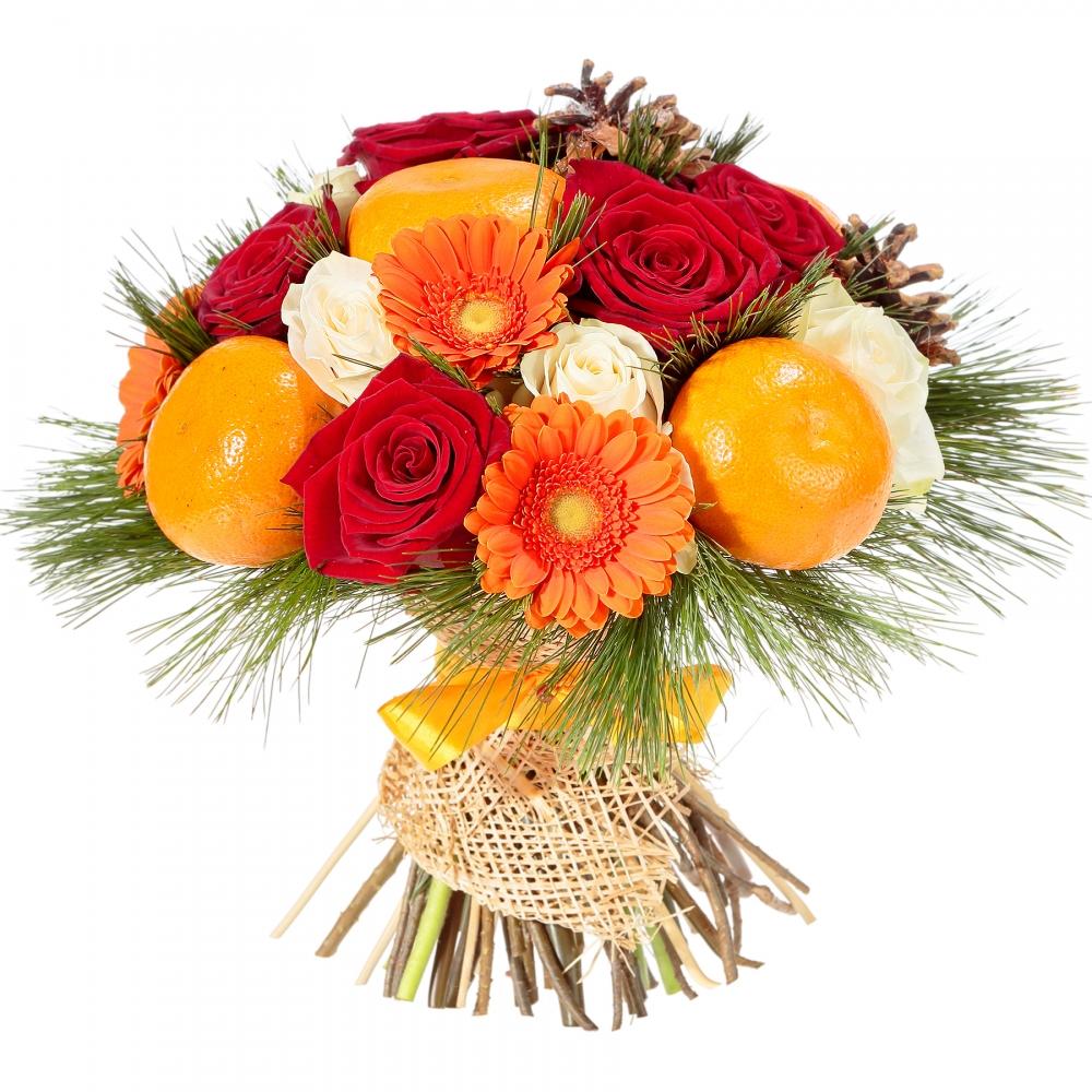 Подарок может быть символичным, например, букет цветов с хвойными веточками и фруктами.
