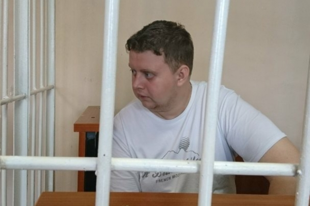 Обвиняемый Илья Сидоров со всем согласен, вину признает.
