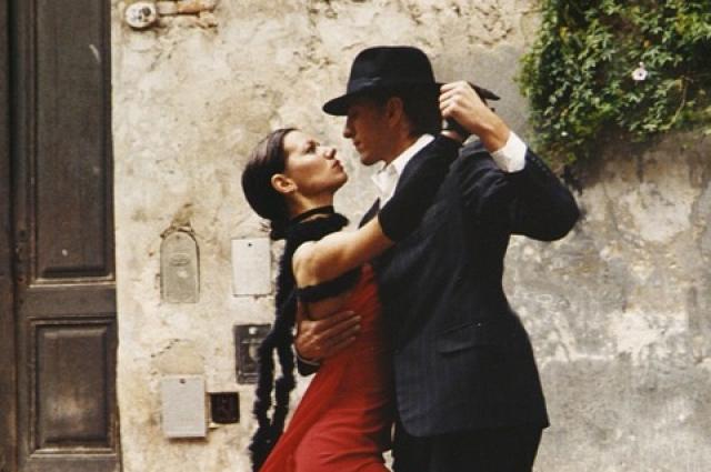 Аргентинское танго – танец, отличающийся энергичным и четким ритмом.