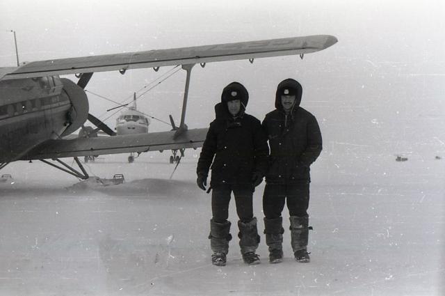 Легендарный самолет АН-2 в Арктике.
