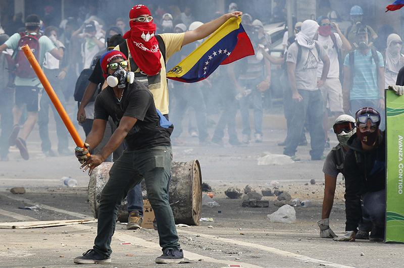 Столкновения с полицией в Венесуэле