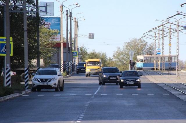 В рамках ремонта муниципальных дорог в текущем году Новотроицк в общей сложности осваивает сумму в 101 млн руб.