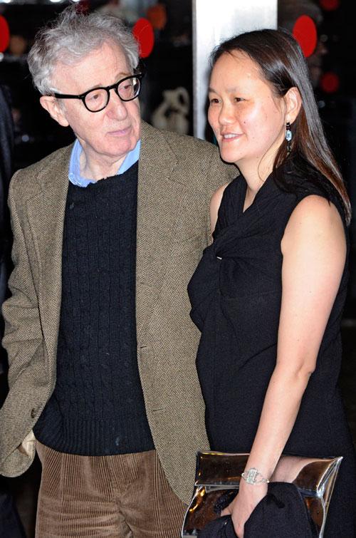 Вуди Аллен и его жена Сун-И Превин