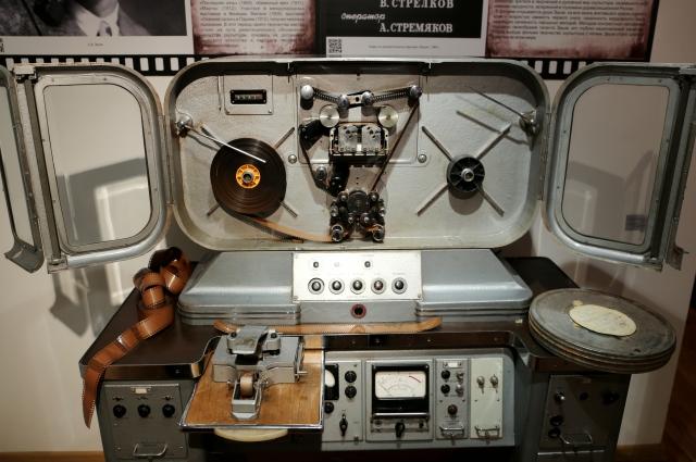Монтажный стол 60-х годов.