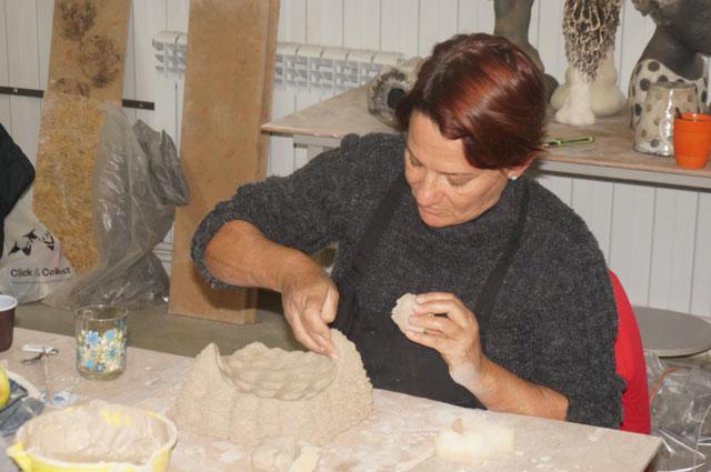 Розана Бортолин из Бразилии применяет уникальную технику в работе.