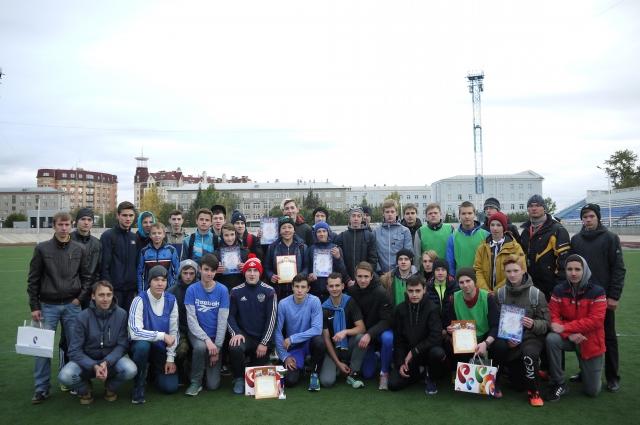 Победители получили подарки от компании «Ростелеком».