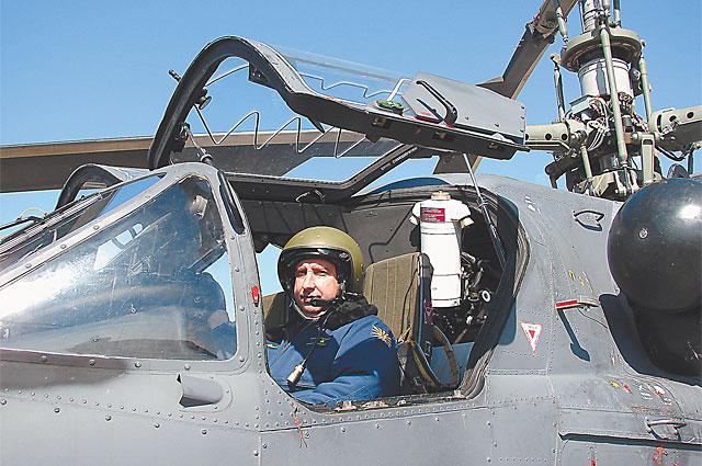 Ми-28Н похож на диковинное и очень опасное насекомое. Зато кабина Ка-52 напоминает дорогой спорткар