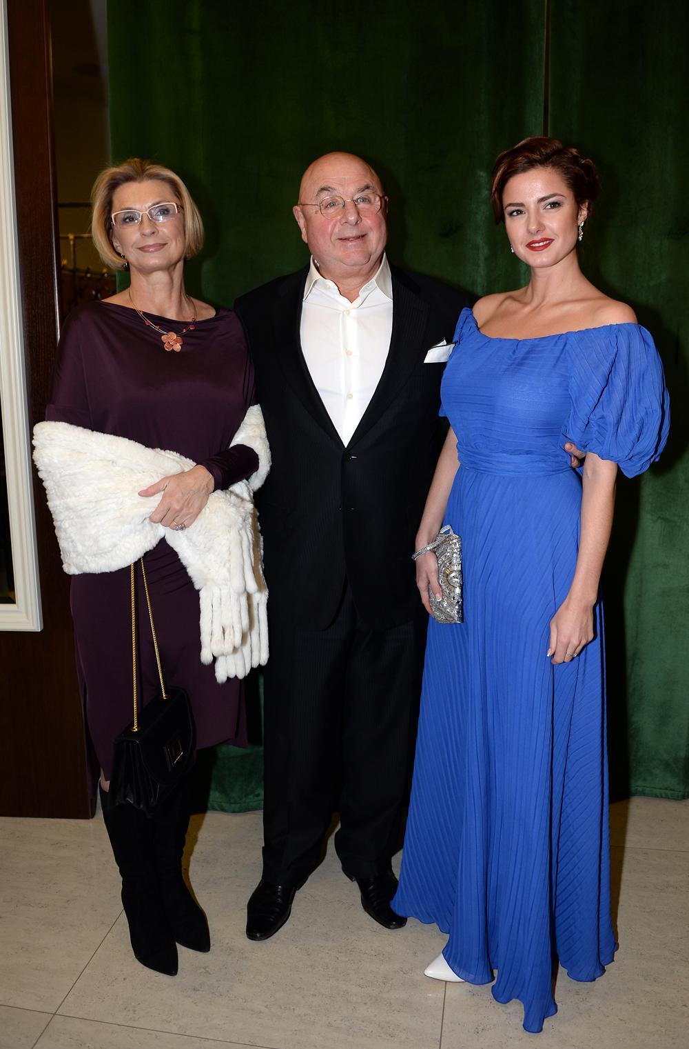 Владимир Долинский с супругой Натальей и дочерью Полиной