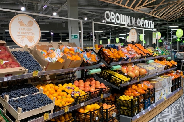 Сами залы стали просторнее, а ассортимент свежих продуктов шире.