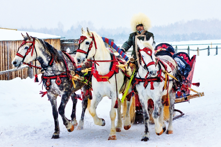 Зимние забавы любого заставят вспомнить русские традиции.