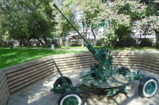 В парке «Салют, Победа!» представлен целый парк военной техники.