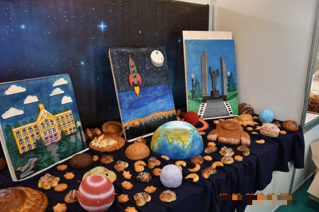 Оренбургская команда сделала космос из хлеба и получила достойную награду.