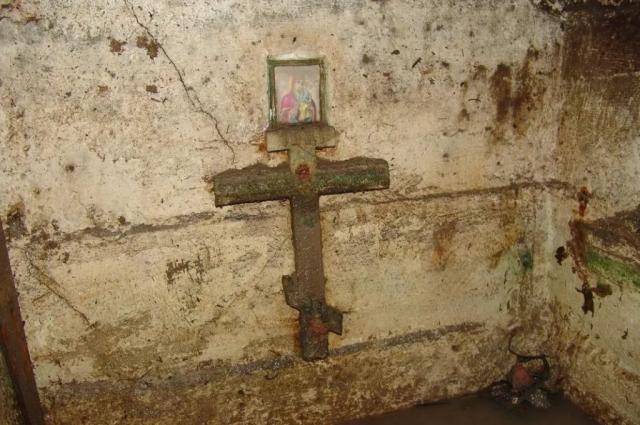 Захоронение архиепископа Сильвестра.