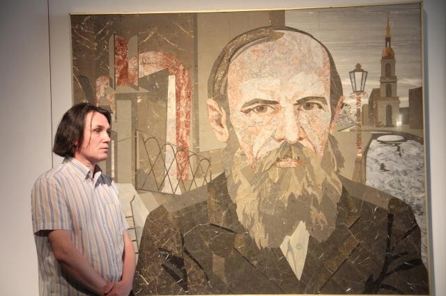 Больше 60 картин и фотографий о писателе представлено в музее.