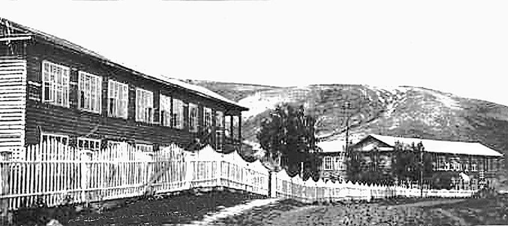 Корпуса, в которых жили артековцы с сентября 1942 г. по январь 1945-го.