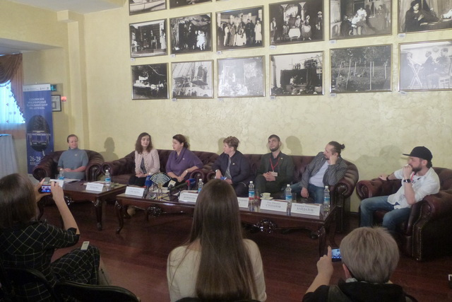 Артисты сахалинского театра представили на Камчатке три спектакля.