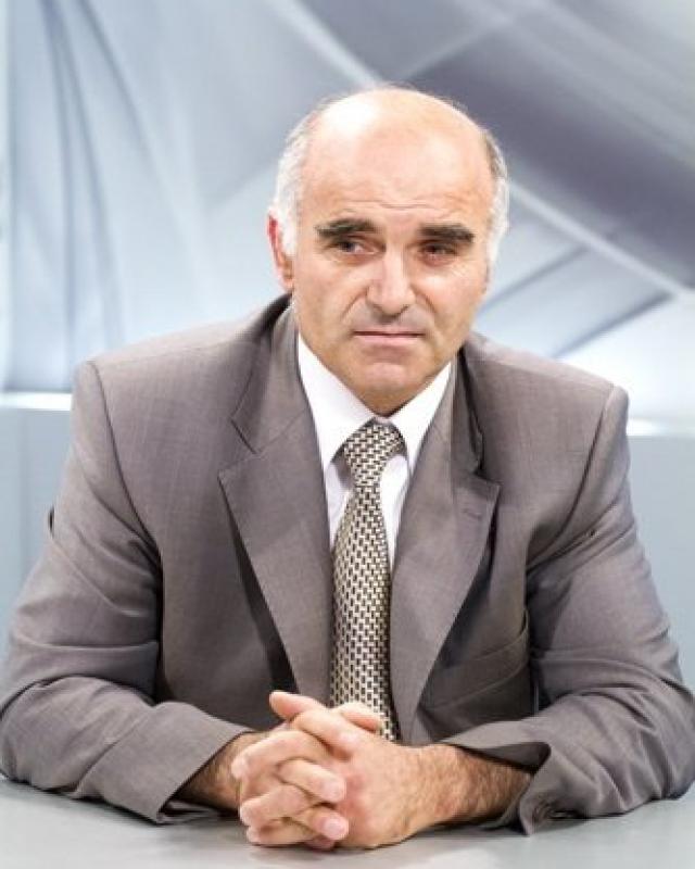 Меружан Вермишян.