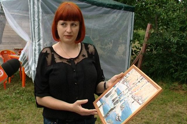 Природный материал для поделок – закладок для книг, бижутерии, сувениров – Елена заготавливает сама, находит его в лесу на стволах засохших поваленных деревьев.