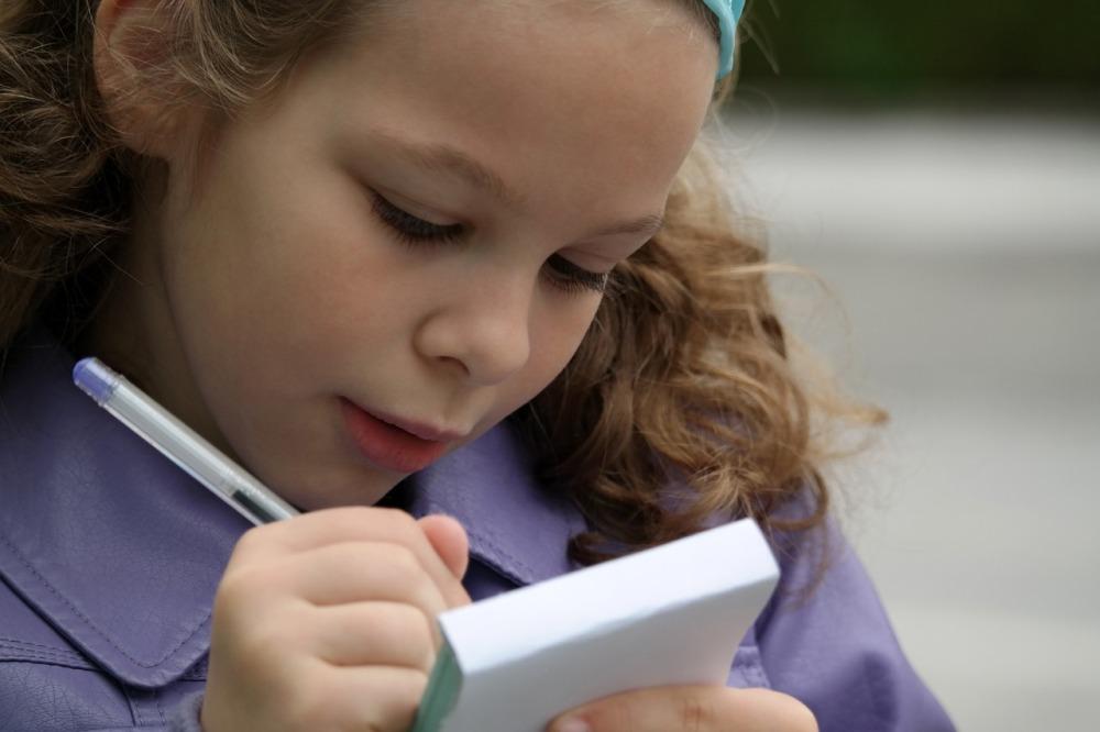 Письменные принадлежности должны быть удобными для ребёнка.