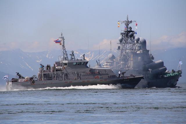 День ВМФ, парад кораблей