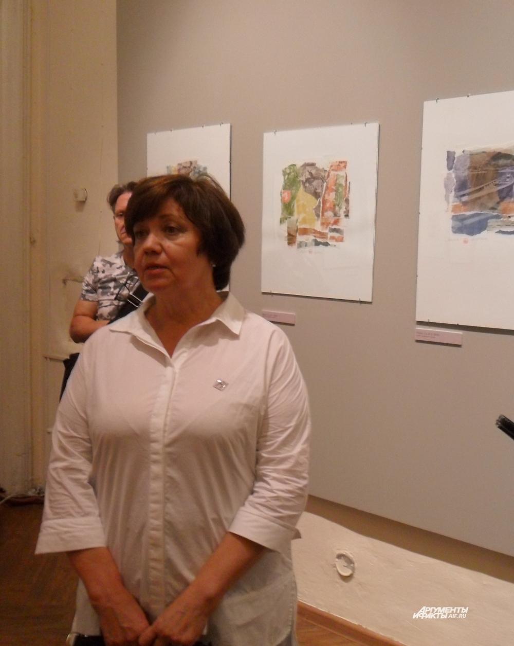 Куратор выставки Светлана Машанова: «Александр Лелякин был очень ищущий человек, творческий: графика, дизайн, фотография и новая ступенька - альтернативная фотография».