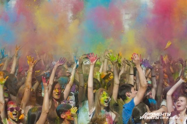 Третий фестиваль красок пройдет в ближайшие выходные в Новосибирске