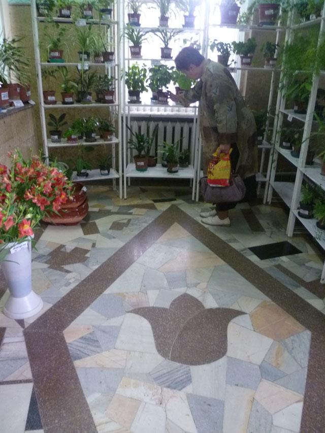 Этот цветочный магазин был запланирован еще на стадии проектирования дома.
