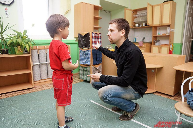 Как подмечает Евгений, чтобы общаться с воспитанниками, нужно понять их, так сказать, душу и разум.