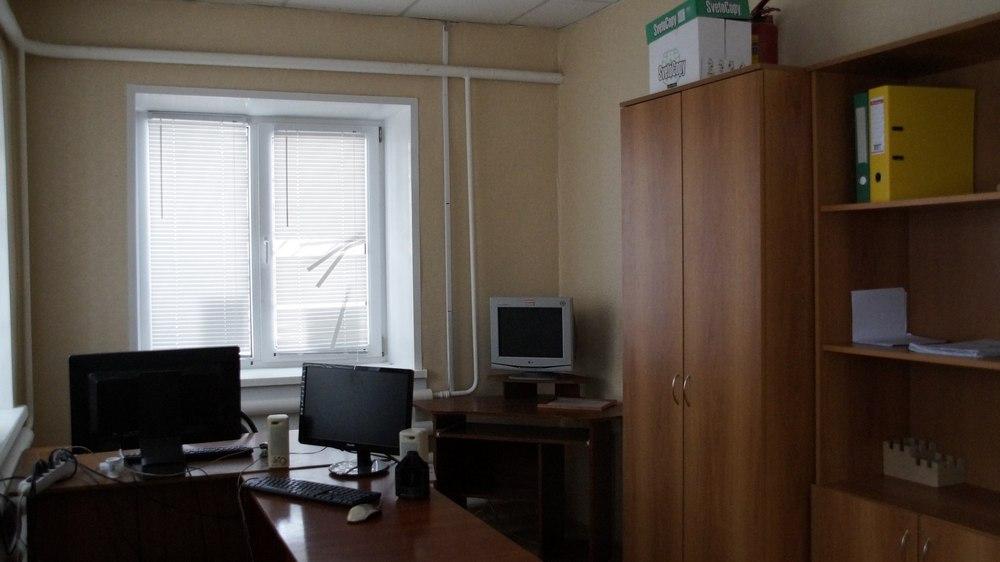 Кабинет и комната отдыха участкового.