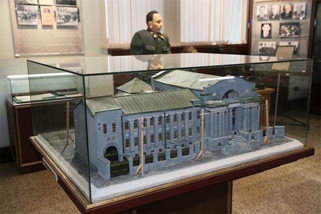 Экспонаты музея банковского дела.