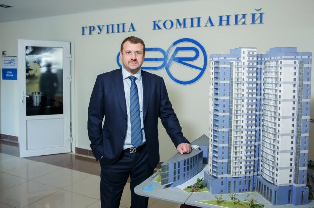 Павел Белоусов руководит Группой компаний «С.Э.Р.» и является старостой храма.