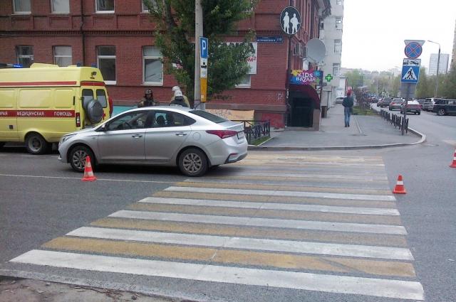 Водитель автомобиля Hyundai Solaris сбил 15-летнего пешехода.