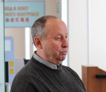 Игорь Неклюдов во время редкой встречи с журналистами