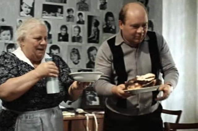 Екатерина Мазурова и Евгений Леонов «Джентльмены удачи», 1971 г.