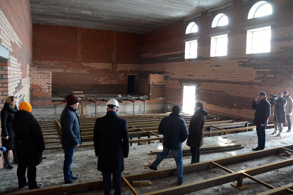 Новый актовый зал будет просторным, с большой сценой.