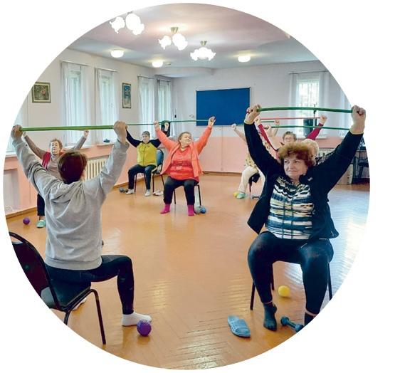 Общеукрепляющая гимнастика полезна в любом возрасте.
