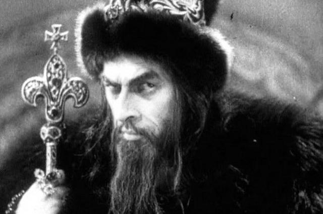Николай Черкасов в роли Ивана Грозного.