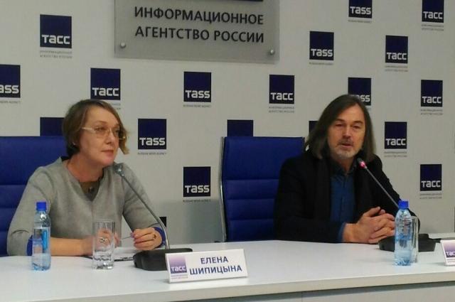 Никас Сафронов и Елена Шипицына рассказали о модной выставке