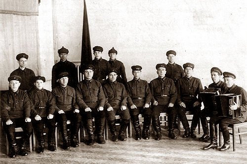 Первый состав ансамбля, 1928 год