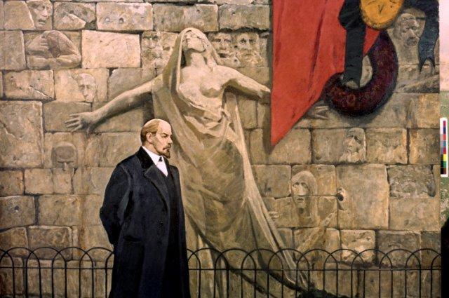 Владимир Ленин задумал перевезти столицу в Москву после покушения в Петрограде.