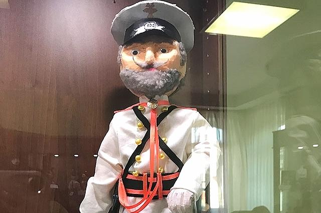 Экспонат выставки игрушек, посвященных 300-летию российской полиции.