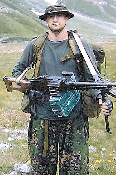 У Андрея был позывной Черкес . Он очень любил Кавказ