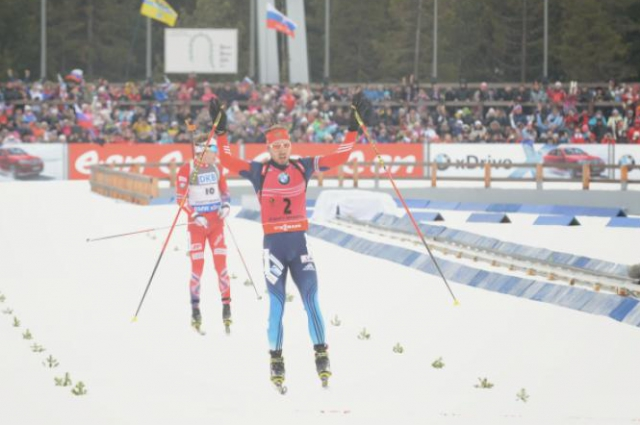 Антон Шипулин на этапе Кубка мира в Ханты-Мансийске.