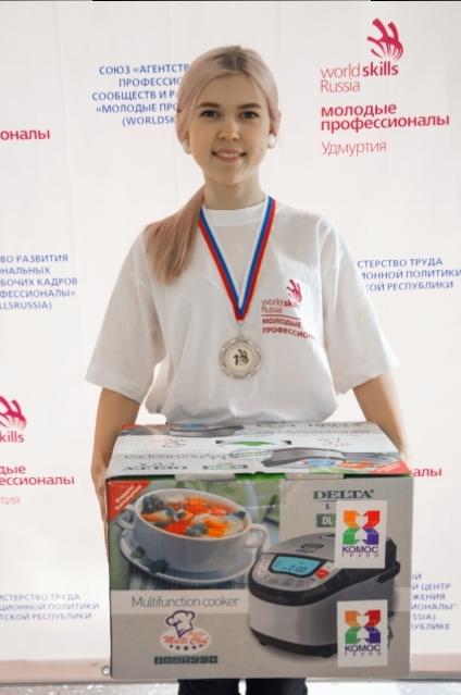 Екатерина Кудрявцева — победительница в номинации «поварское дело».