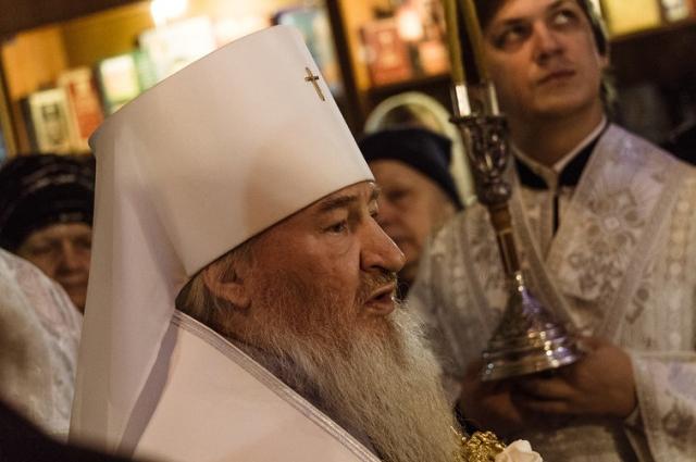Митрополит Феофан на рождественской службе.