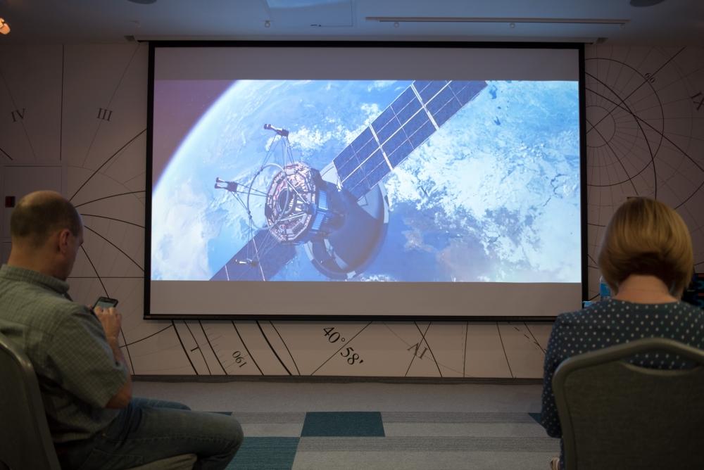 Три спутника обеспечивают интернет-связь на всей территории России
