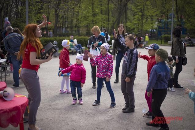 Танцевальный конкурс порадовал ребят.