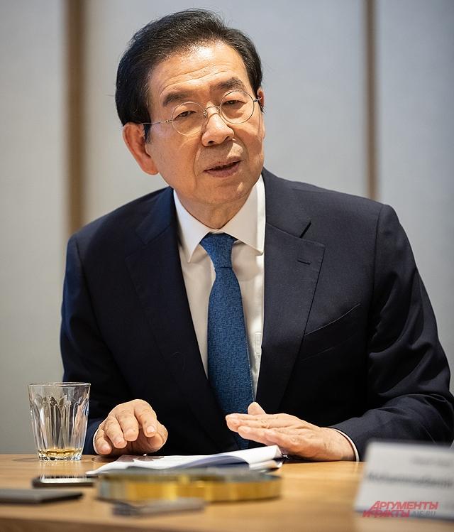Мэр Сеула Пак Вонсун.