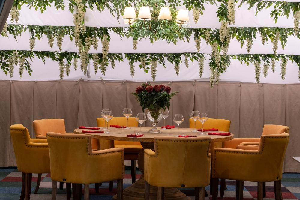 «Семейная Мансарда» открыта с 12:00 до 23:00 вна третьем этаже ТДиЦ «Европа».